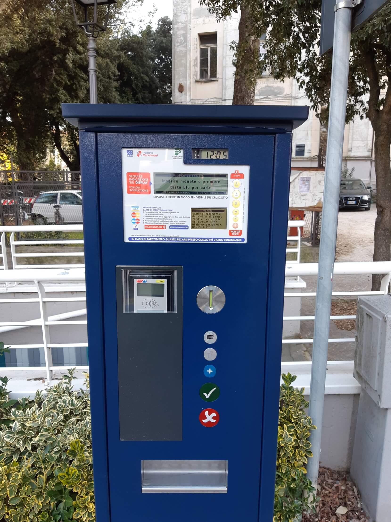 Carte Italie Pesaro.Nuovi Parcometri E Sistema Di Centrale Per Pesaro Parcheggi